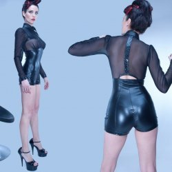 Wetlook body met transparant bovendeel